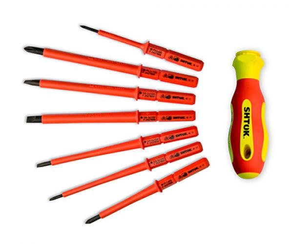 Set of dielectric screwdrivers with removable bits 7+1 in a case